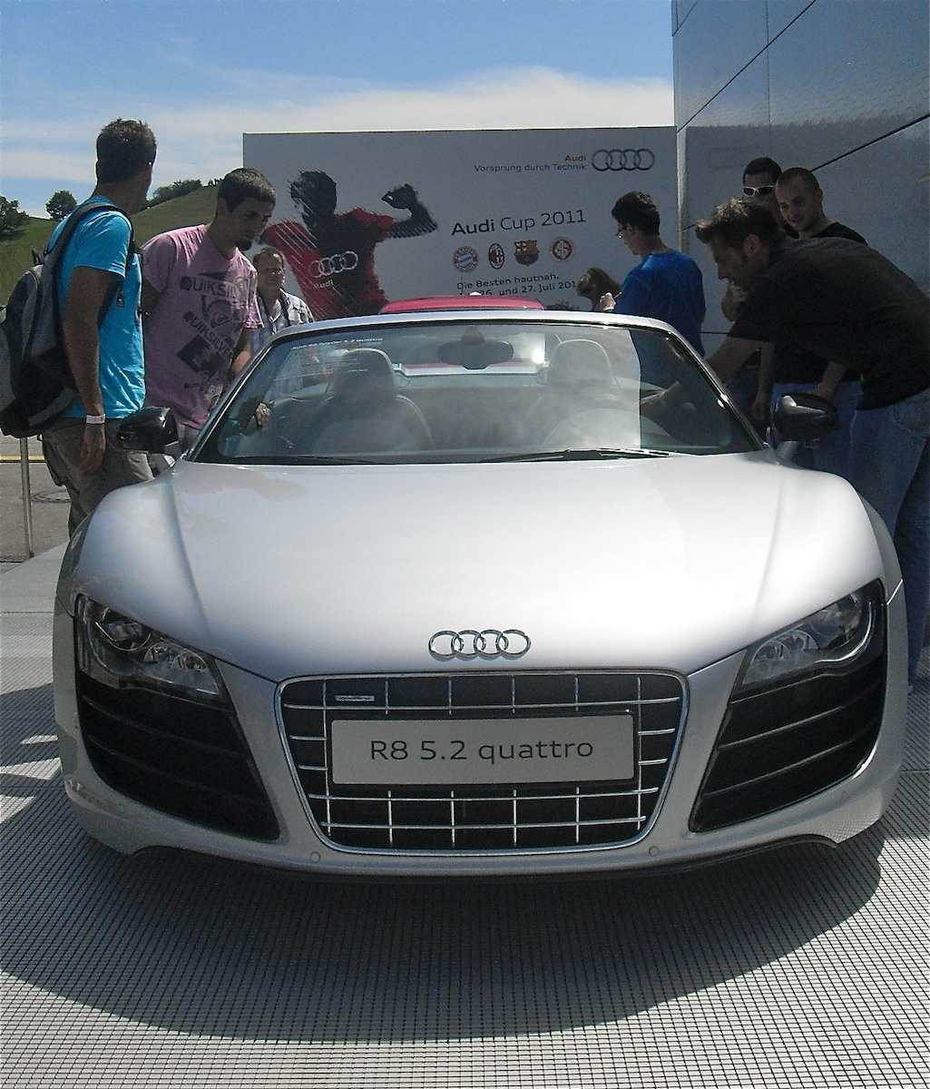 audi r8 cabrio v8 kultur. Black Bedroom Furniture Sets. Home Design Ideas