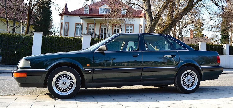 Audi V8 4.2 von 1992 in Ragusa Grün mit BBS-Felgen