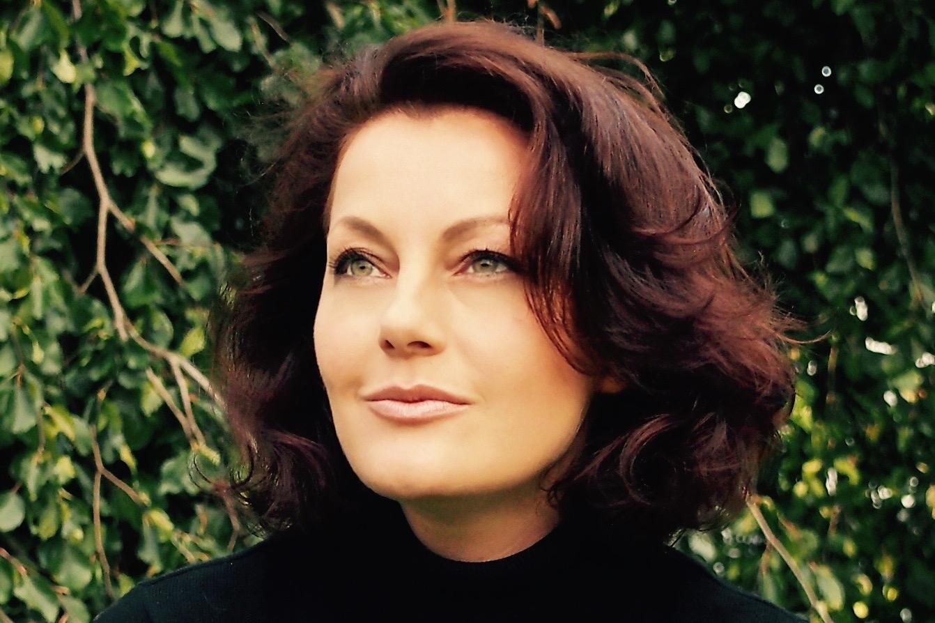 Margret Meincken, Gründerin und Redakteurin von V8-Kultur