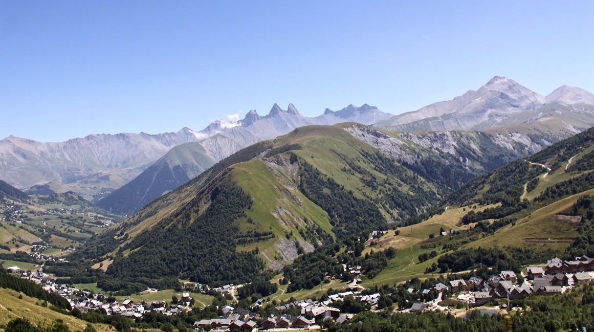 Der Ausblick vom Col de la Croix de Fer.