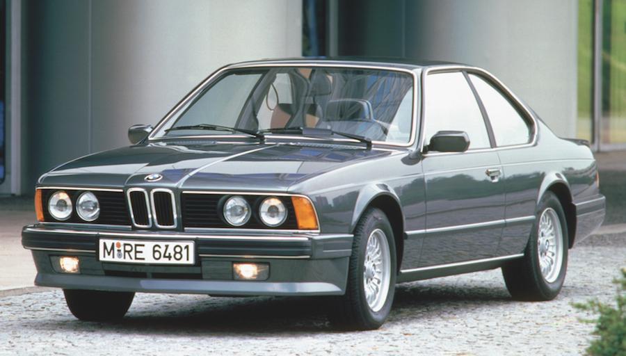 Auf dem Internationalen Automobilsalon in Genf wird das schönste Coupé aller Zeiten vorgestellt: Der BMW 6er (E24), ein viersitziges Coupé der Oberklasse und Nachfolger des E9.