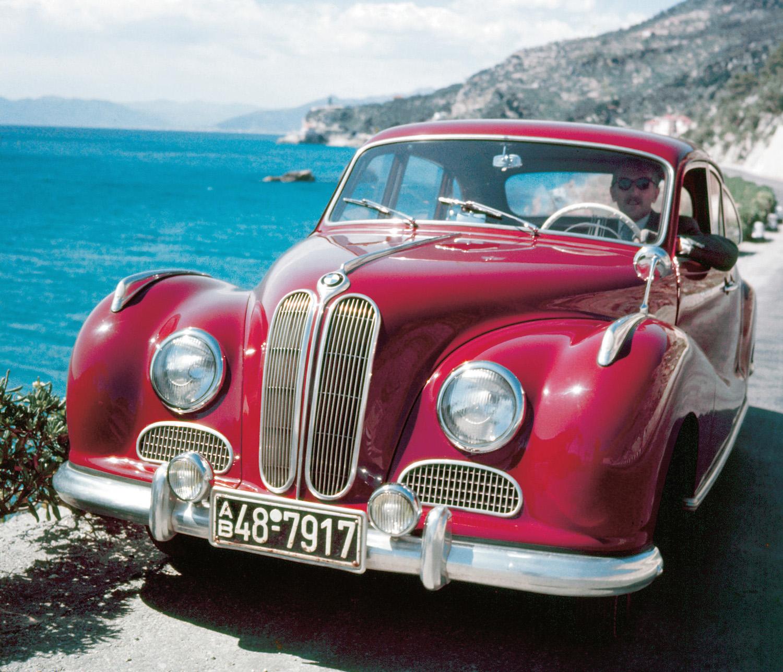 Der Barockengel ist mitverantwortlich dafür, dass BMW Ende der 1950er Jahre kurz vor einer feindlichen Übernahme steht.