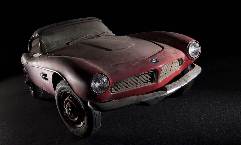 Nur 254 Exemplare des BMW 507 wurden verkauft. Dieser hier gehörte einmal Elvis Presley und wird derzeit in München restauriert.