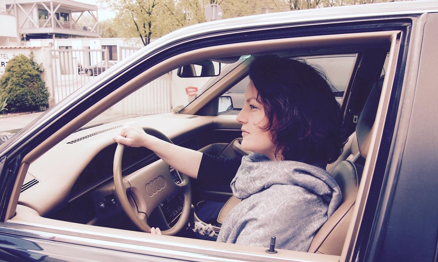 Ein altes Auto fahren wir häufig aus sentimentalen Gründen. So auch ich. Aber sitze ich überhaupt im richtigen Auto?