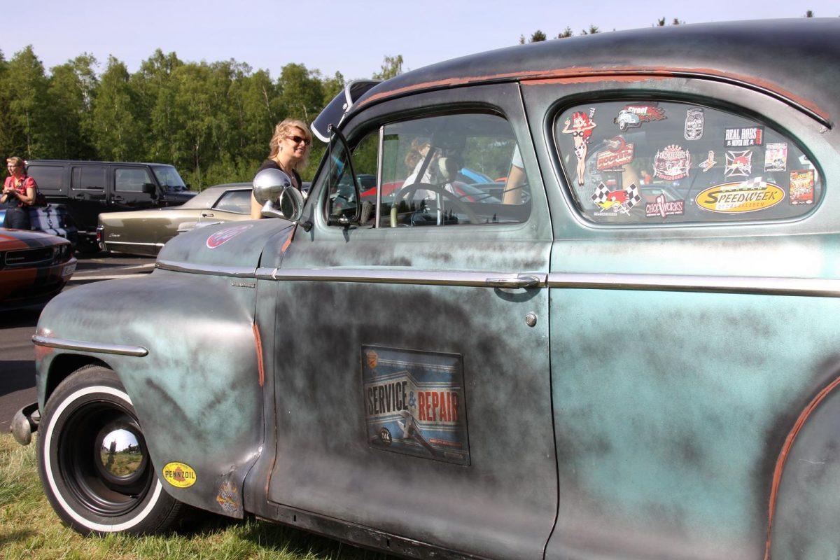 Man darf einem Auto sein Alter ruhig ansehen, wenn es so viele Geschichten zu erzählen hat wie dieser Plymouth
